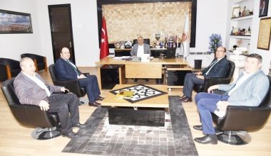 Başkan Mustafa Çöl'den,  Başkan Zeybek'e ziyaret