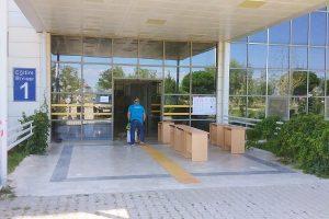 Başkan Mustafa Çöl'ün talimatı ile okullar dezenfekte edildi