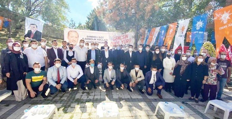 Ak Parti Sandıklı Gençlik Kolları'nda Aktürk güven tazeledi