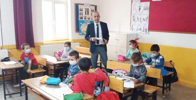 Milli Eğitim Müdürü Bozkurt'dan okul ziyaretleri